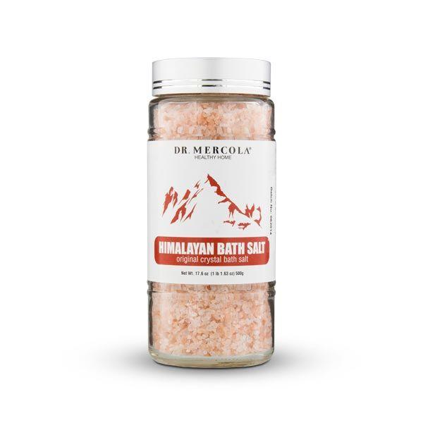 Descubra las razones por las que debería dejar de utilizar la sal convencional. http://productos.mercola.com/sal-del-himalaya-para-banos/