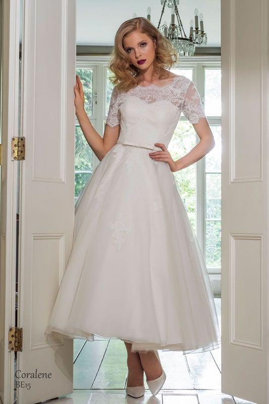 Best 25 high tea dress code ideas on pinterest for Wedding dinner dress code
