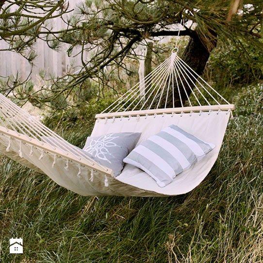 Garden Inspiration Hammock Giveaway: 78 Best Displays- TABLES & RISERS