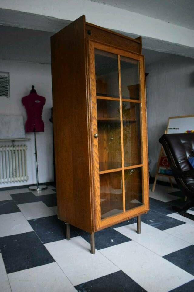 Vitrine Schrank Regal Kommode Aus Holz 50er 60er Antik Vintage In Bayern Aschaffenburg Ebay Kleinanzeigen In 2020 Schrank Regale Vitrine Regal