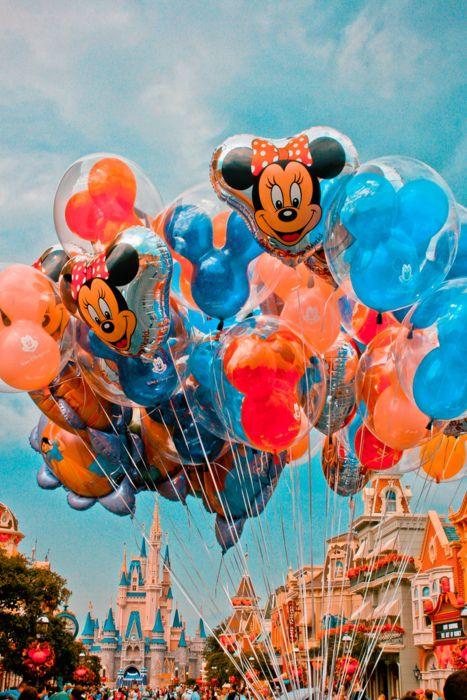 no idea why, but I love Disney balloons!