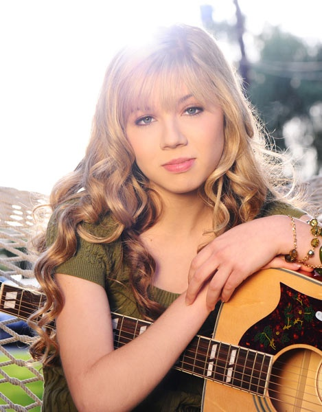 Jennete McCurdy- I love her song generation love I know every lyric and I love her she is so pretty she so country I love it.