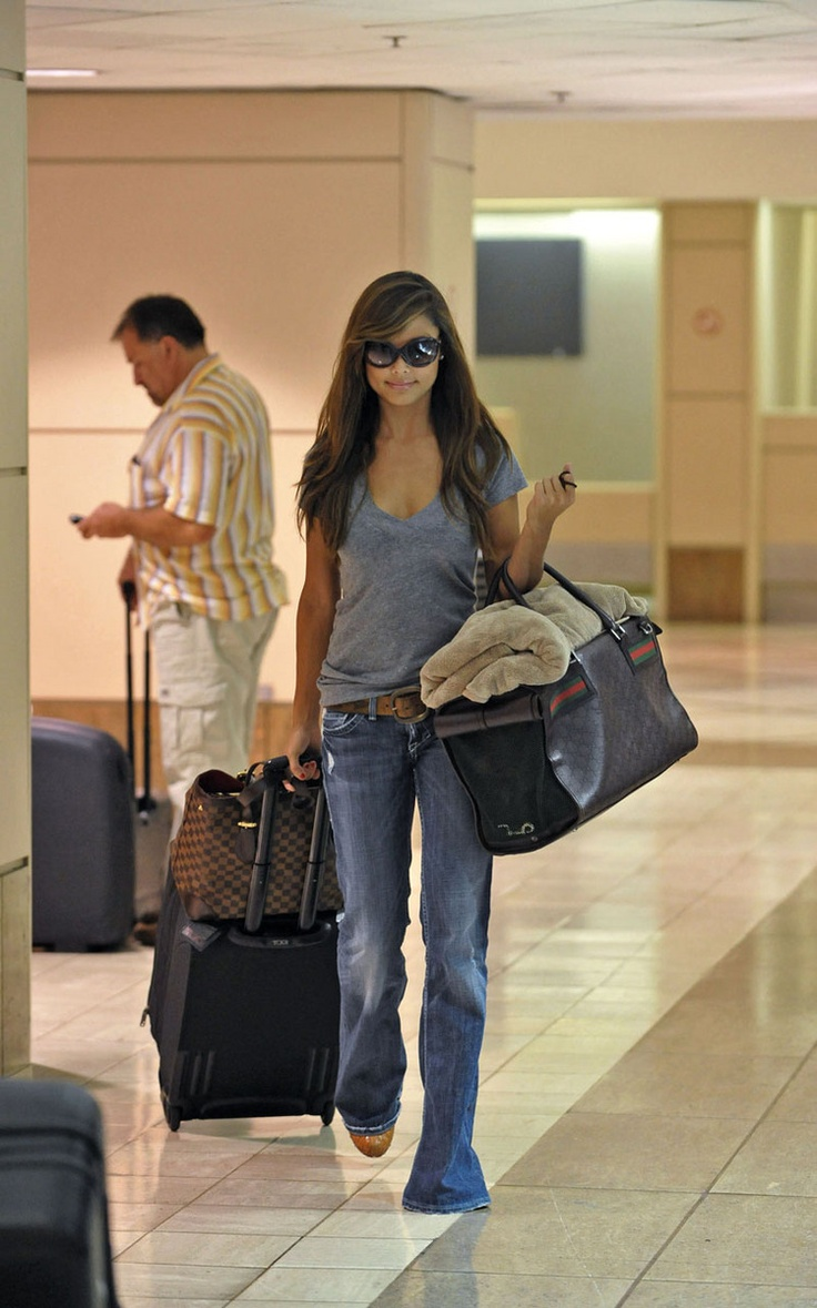 Vanessa Minnillo Looks UnDisastrous. love this look right now... esp loose comfy tee w/ white jeans