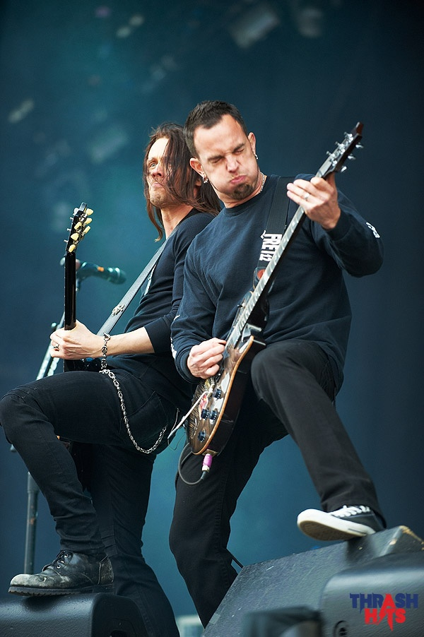 Alter Bridge (Myles Kennedy and Mark Tremonti) (credit goes to copyright holder)