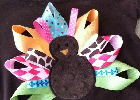 Turkey Feather Idea (like the mix of little ribbons with big)