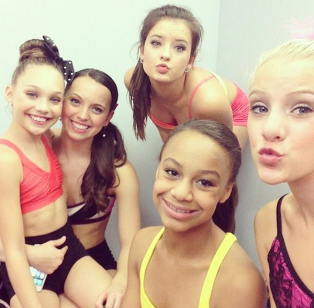 The Girls<3 #dancemoms wish Chloe was in this pic too :( but I love the picture