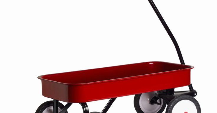 Como construir um Kart. Carrinhos de rolimã não têm motor, são veículos de quatro rodas feitos para corridas em ladeiras. São conhecidos também como carrinhos de rolamento e são construídos geralmente por crianças para recreação. Entretanto, há competições em eventos organizados pelo mundo. Para ser qualificado, o veículo precisa ser de quatro rodas e não ter motor. Para ...