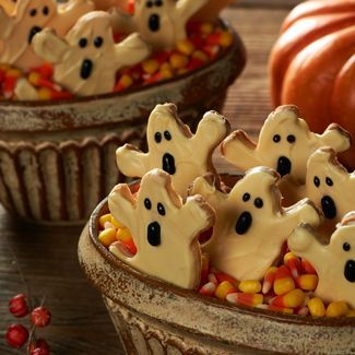 on all hallow s eve scaredy crackers recipe cooking how to martha ...