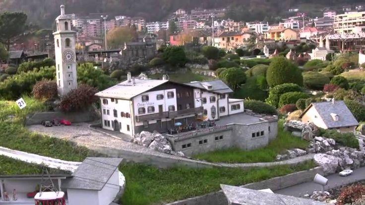 Réveil-FM:  Suissminiatur, Melide-Lugano dans le Tessin