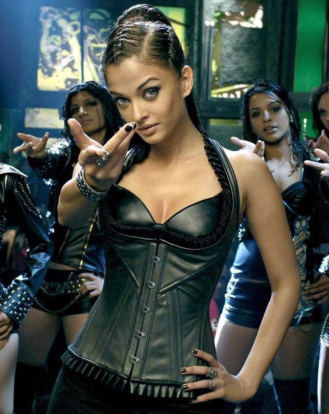 "To have Aishwarya's body in  ""Dhoom 2"" #motivation #weightloss"