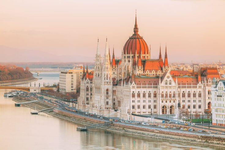 Budapest in one of my favourite cities in Eastern Europe and I was totally taken aback on my first trip. There really are so many beautiful things to do in Budapest.        I have to be honest,