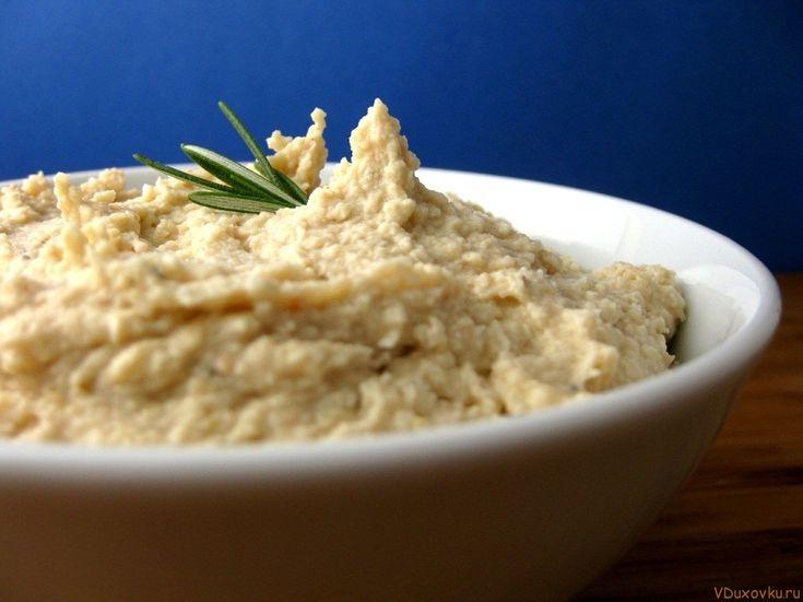 Вегетарианские рецепты: Как приготовить хумус из миндаля