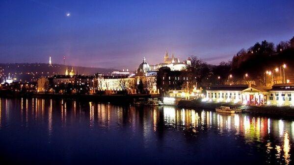 lo mejor de Praga gratis, sin gastarte ni un céntimo, como visitar los principales templos religiosos, pasear por el Barrio Judío o relajarte en elJudío o relajarte en el pulmón verde de la ciudad. http://blog.edreams.es/las-10-mejores-actividades-gratuitas-para-hacer-en-praga/