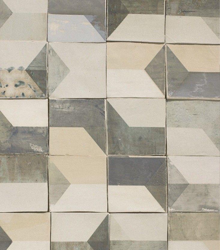 smink-tiles-after-lowry-remodelista-1  |  grijs 60x60 op de vloer? oke dan maar dan moeten de wanden wel SPECTACULAIR worden betegeld | ontwerpkosten op aanvraag - in overleg