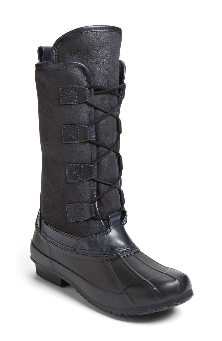 Free shipping and returns on Tory Burch 'Argyll' Lace-Up Boot (Women) at Fashiondoxy.com. Embracing a timeless style long beloved by outdoor enthusiasts and snow bunnies alike, Tory Burch offers a classic winter boot with a luxe twist. Genuine shearling