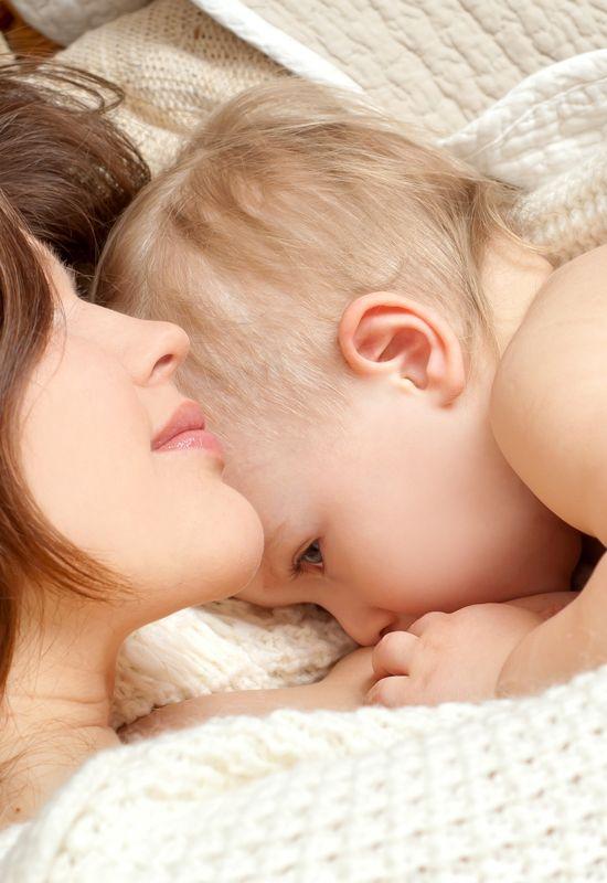 Lactancia materna en las madres primerizas. ¡Visita nuestro #blog y descubre 5 consejos útiles! #bebés #reciénnacidos #niños #maternidad #amamantar  https://www.cuchiterias.com/blog/lactancia-materna-en-las-madres-primerizas-5-consejos/