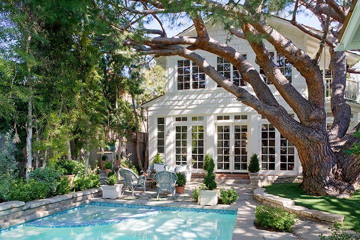 .: Pools Landscape, Window, Beaches Bungalows, French Doors, Exterior, Dreams House, Beautiful Backyard, Backyard Pools, Backyards