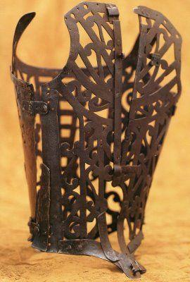 iron_corset