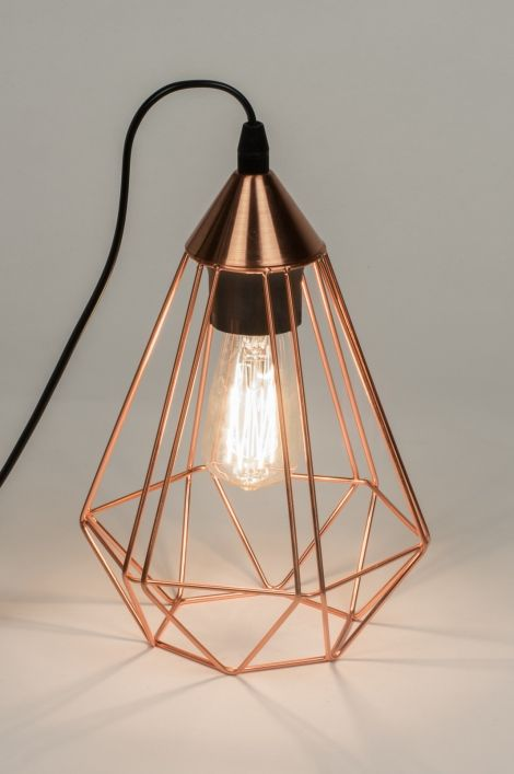 25 beste idee n over hangende lampen op pinterest. Black Bedroom Furniture Sets. Home Design Ideas