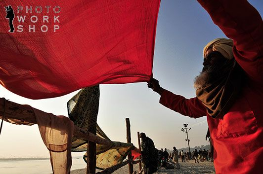 Photo workshop from Varanasi to Purna Kumbh Mela (photo by Sandro Santioli)