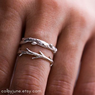 This is one of our signature ring sets inspired by the oak branches at the base of majestic Mount Sopris in Carbondale, Colorado. This stacking