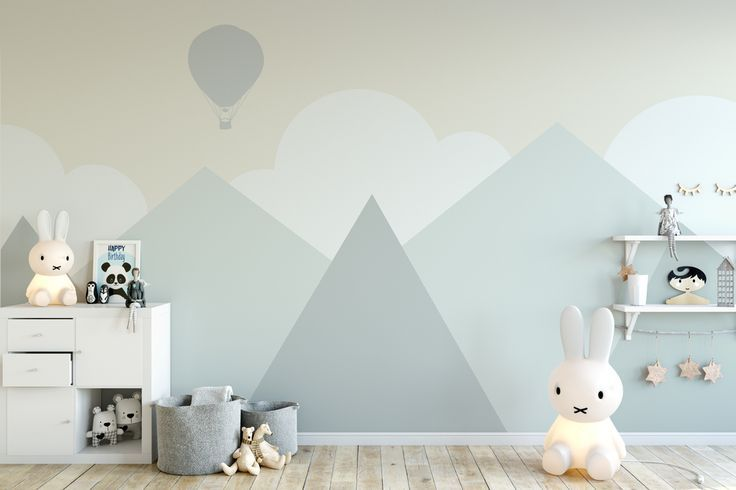Subtle wall tattoos can turn a nursery into a real oasis of well-being.