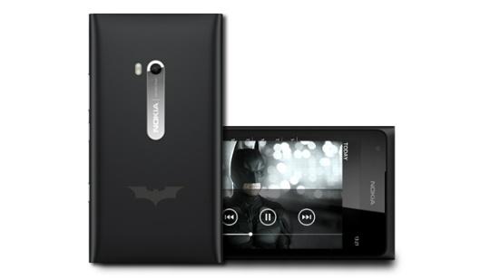 Batman llega a Nokia con el nuevo celular Nokia Lumia 900 edición especial