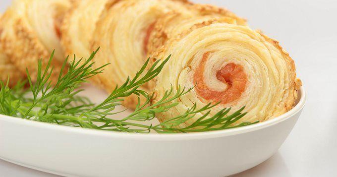 Palmiers au saumon fumé et gruyère, une recette CuisineAZ