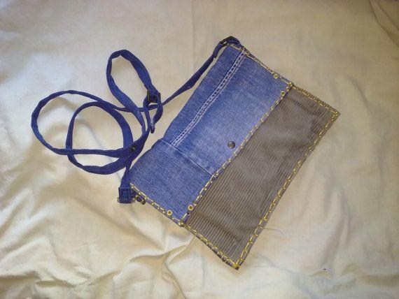 Pochette artigianale in jeans e velluto a costine di robafattamman