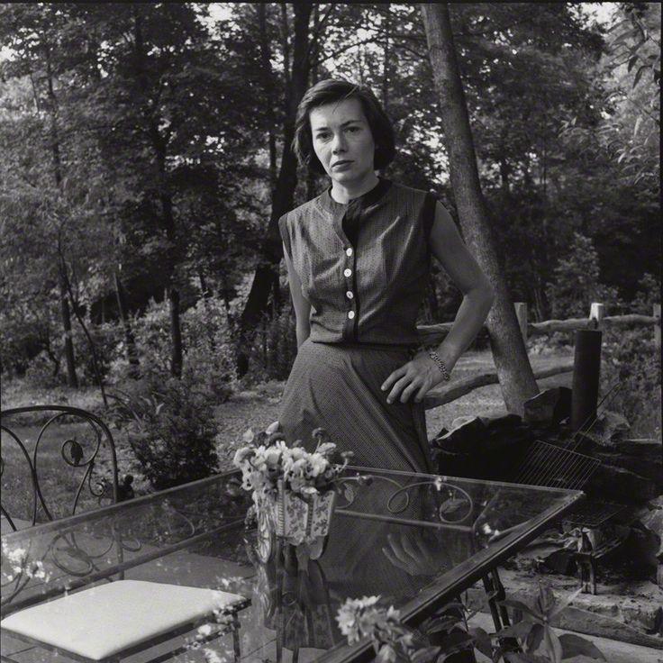 deviatesinc Patricia Highsmith 1957photos by Francis Goodman