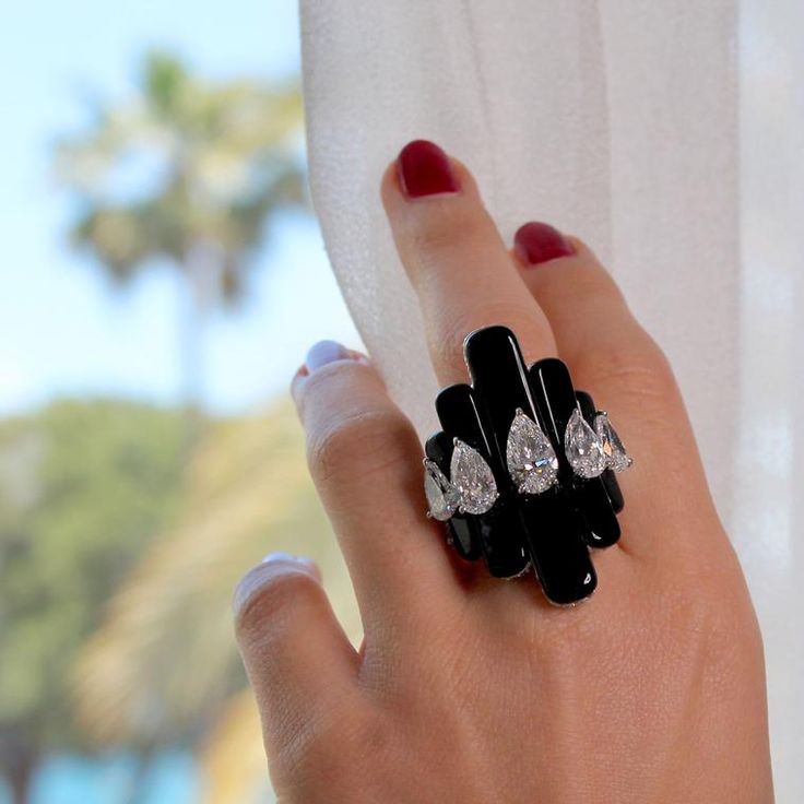 de GRISOGONO black onyx and white diamond ring as worn by Cara Delevingne at the Cannes red carpet 2017. http://www.thejewelleryeditor.com/jewellery/article/cannes-film-festival-red-carpet-jewellery-behind-the-scenes/ #jewelry