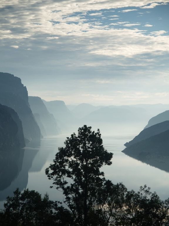 2016-07-24: The fjord