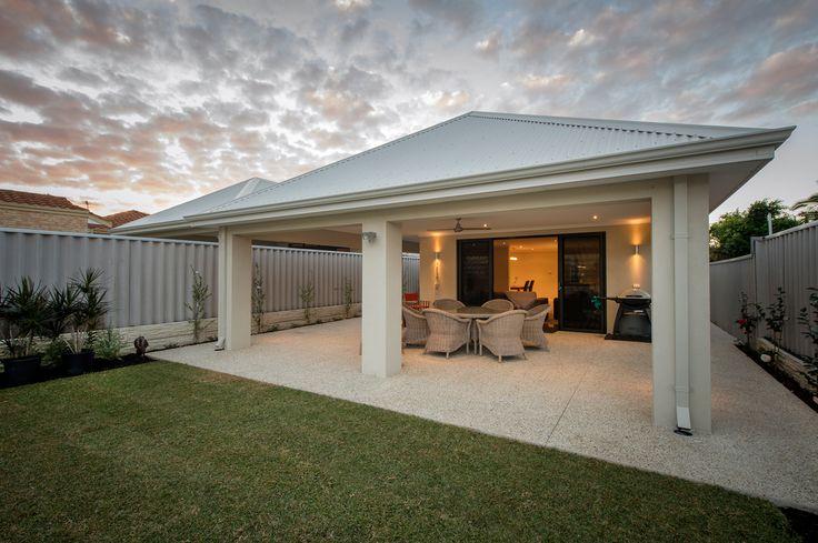 Alfresco area in single storey custom built home