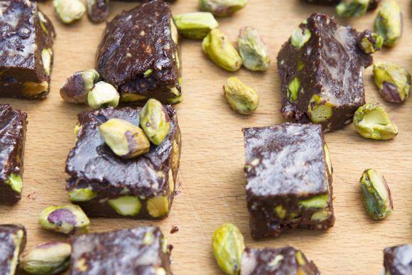 Raw Chocolate, Sea Salt, & Pistachio Chunks