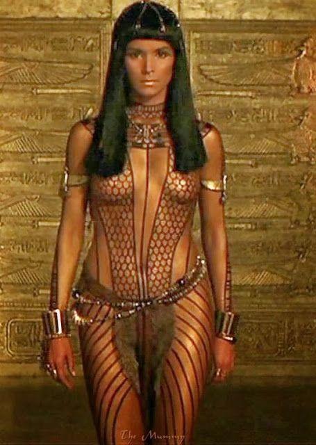 "CELEBRITY NUDE CENTURY: Patricia Velasquez (""The Mummy"")"