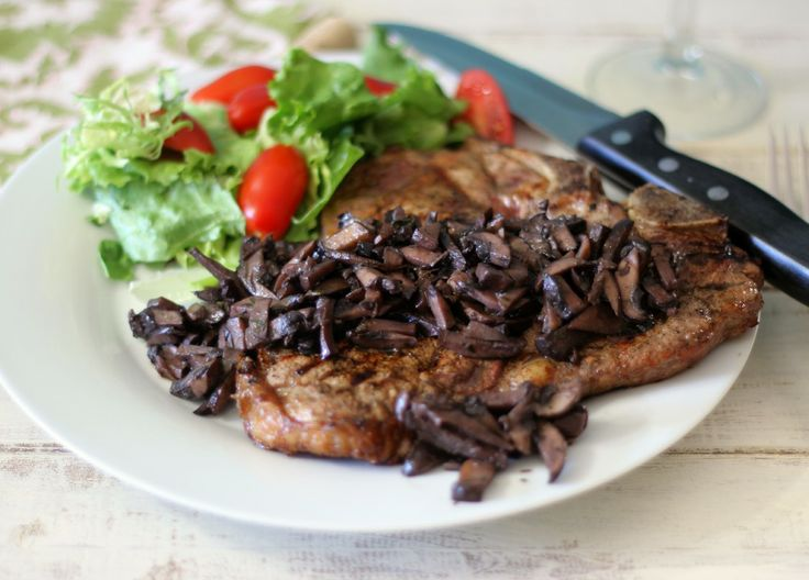 Pinot Noir Mushroom Reduction Sauce with T-Bone #SundaySupper - Grilled t-bone steak topped with a savory mushroom reduction sauce that has been cooked in Pinot Noir Wine.