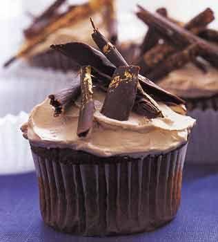 Devil's Food Cake with Brown Sugar Buttercream recipe #cupcakes # ...