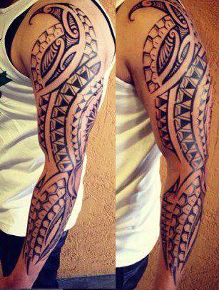 tatouage-long-bras-polynesien-pour-l-homme-files-bandes-symboles-motifs-modele-dessins-maori-samoa-men-full-arm-tattoo