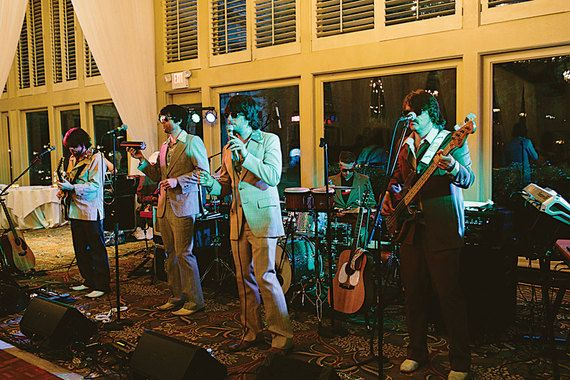 "Wedding entertainment: '70s style ""yacht rock"" bands 