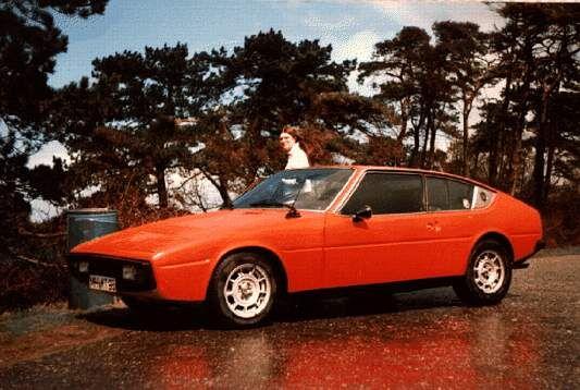 Les 213 meilleures images du tableau matra simca sur pinterest voitures classiques voiture et - Sortir la voiture jaune du garage ...