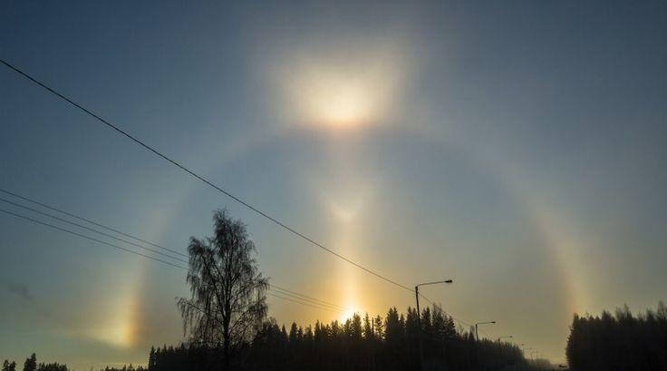 Halo solar, parhelios y arco tangente superior en Jalasjärvi, Finlandia | El Universo Hoy