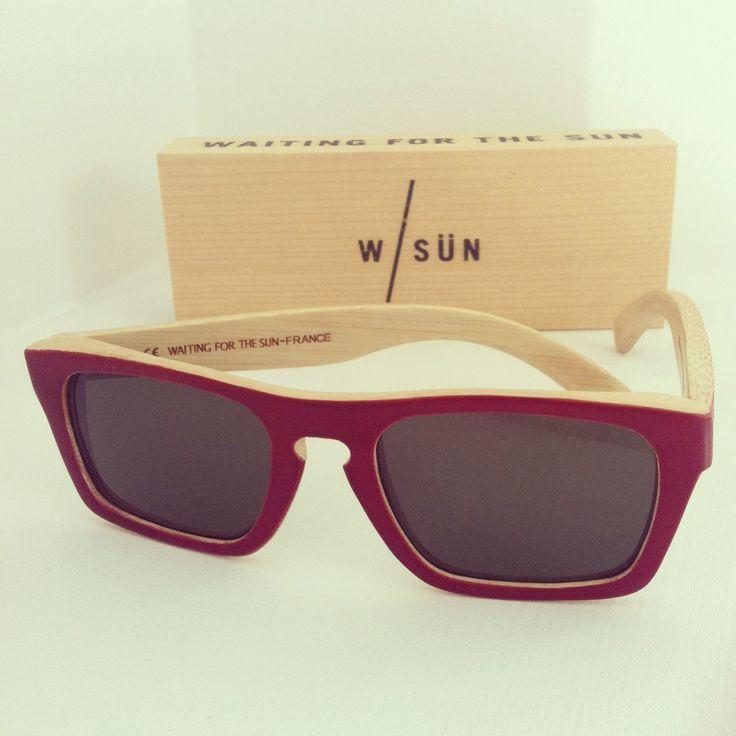 W/SUN Solid Red #bamboo #handmade #france #wood @_sunglassisland #waitingforthesun #sunglassisland #islascanarias #lapalma #sunglasses #eyewear Available online at www.sunglassisland.es