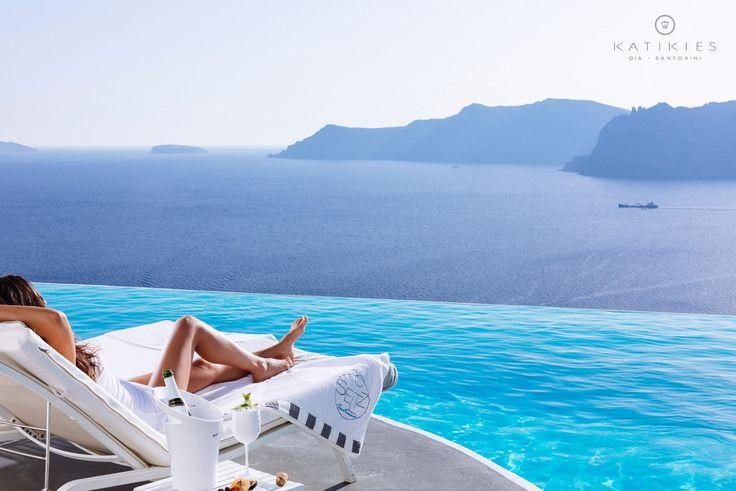 Katikies Hotel   Santorini, Greece   champagne infinity pool