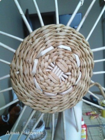Плетение из газет. Чайные чашки. Мастер-класс (15) (360x480, 99Kb)