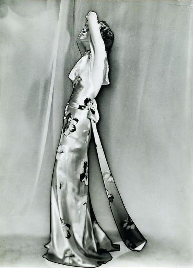 Mode pour Schiaparelli.1935 by Man Ray