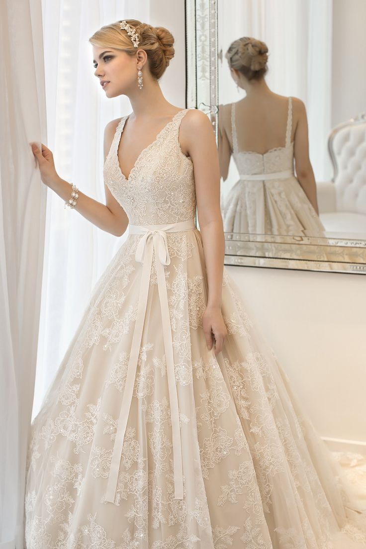Boho Chic Romantic Shabby Chic Vintage Ivory Pink White $$ - $701 to $1500 A-line Ball Gown Beading Essense of Australia Floor Lace Natural ...
