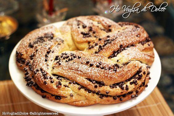 Torta Angelica con cioccolato e nocciole un morbido intreccio di pasta brioche golosissimo, e che piacerà a tutti! Ricetta perfetta per occasioni speciali