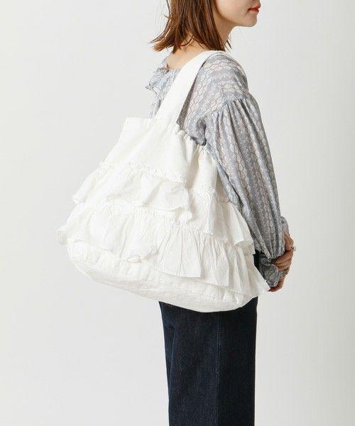 【ZOZOTOWN】mystic(ミスティック)のトートバッグ「【WEB限定】フリルバッグ」(MY16C0121030210)をセール価格で購入できます。