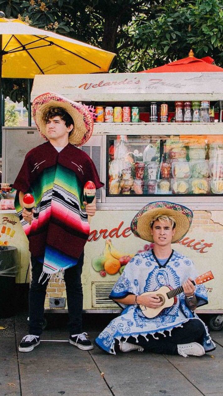 JC Caylen & Kian Lawley IPhone Wallpaper