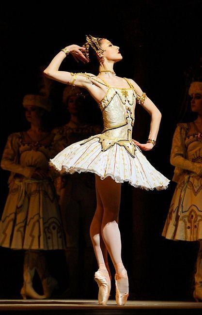 genesis-boy:  Sofiane Sylve as Raymonda San Francisco Ballet